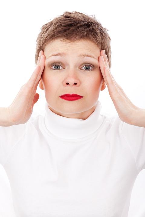 ¿Has escuchado de la gimnasia facial? Te contamos en qué consiste