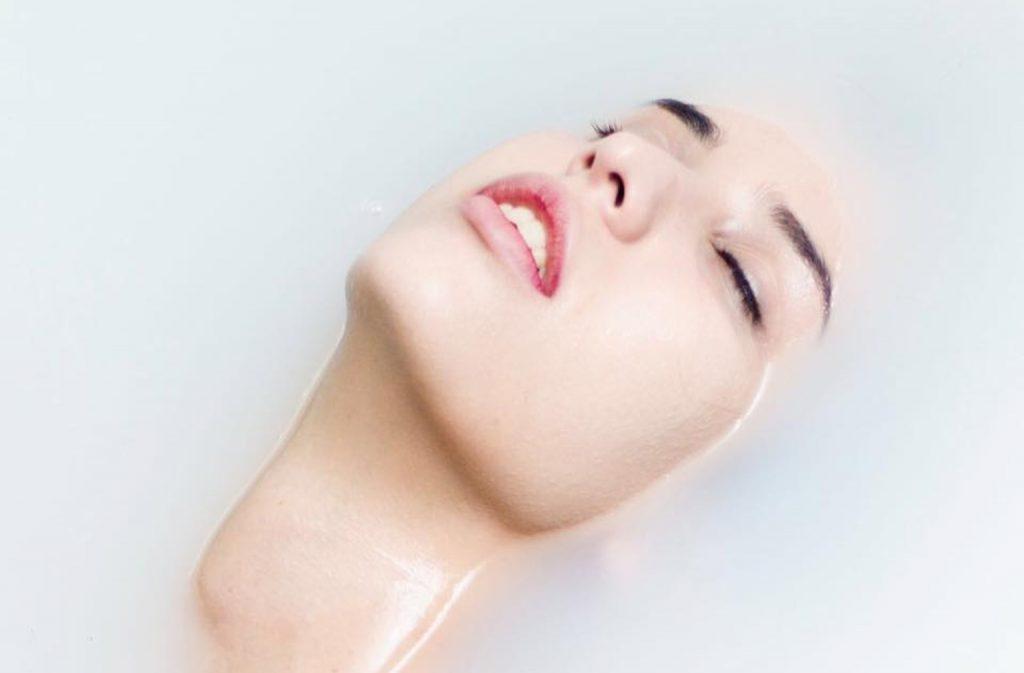 Andrea Ledesma: Modelo, maquilladora y artista integral
