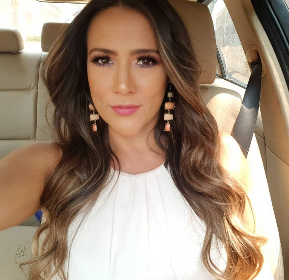Ingrid Caprice Rendón: Presentadora de noticias