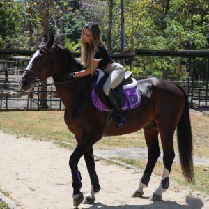 Nicoll Vanessa Cuellar: dama de la equitación