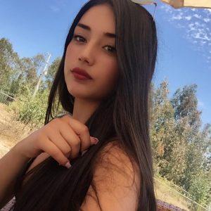 Catalina Ponce León: modelo con esencia pura