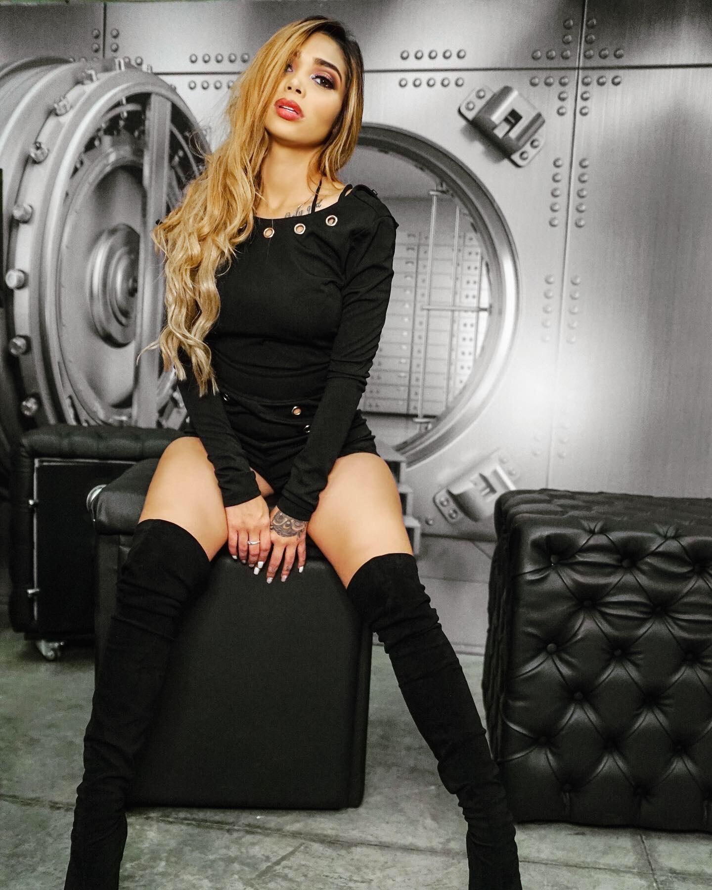 Vanessa Eslava: modelo con vena artística
