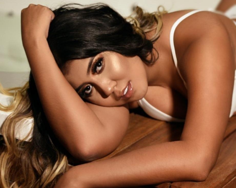 Daniela Torres: modelo exótica adicta al chocolate