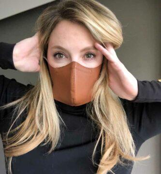 Accesorio de moda: mascarilla contra COVID-19
